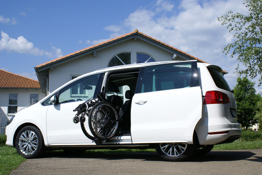 VW Sharan II mit LADEBOY S2
